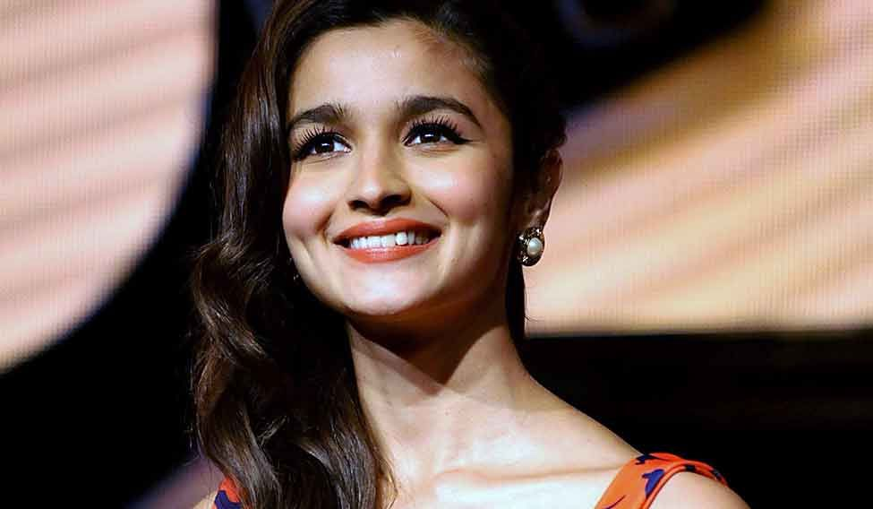 I can never be a director: Alia Bhatt