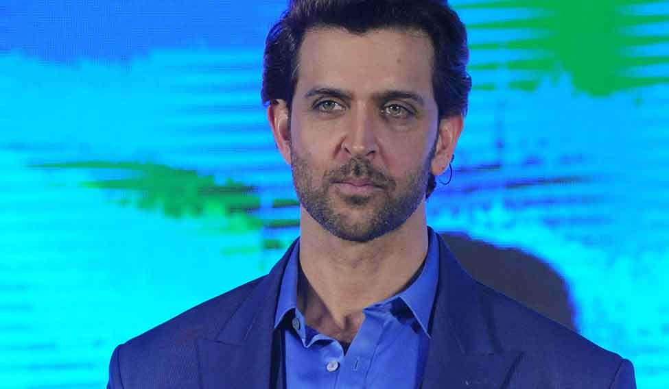 Hrithik Roshan in legal trouble for 'affair with Pope' tweet