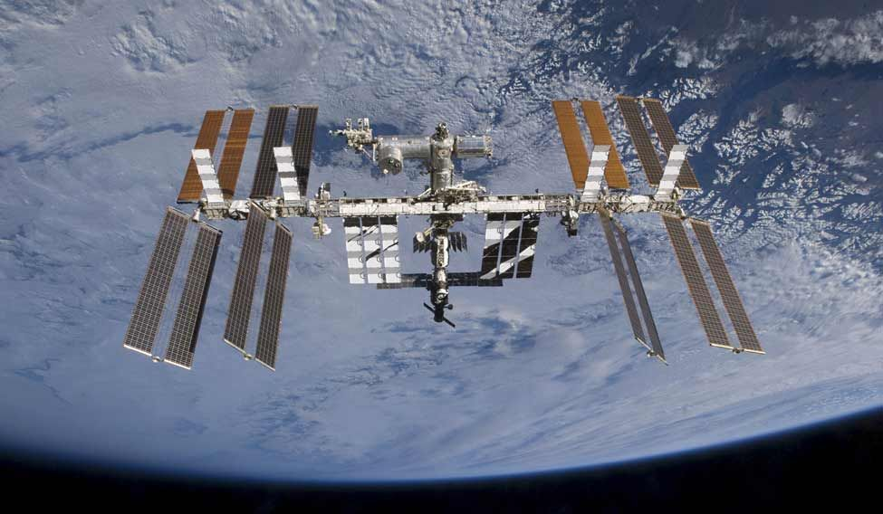 Space station crew will experience New Year's Eve 16 times