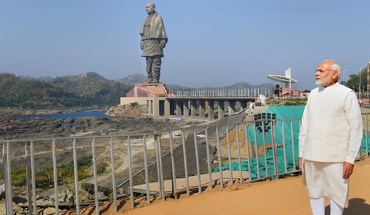 Statue of Unity: Meet the sculptors who help politicians carve their place in history