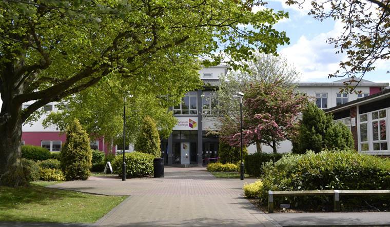 hinglish-portsmouth-college