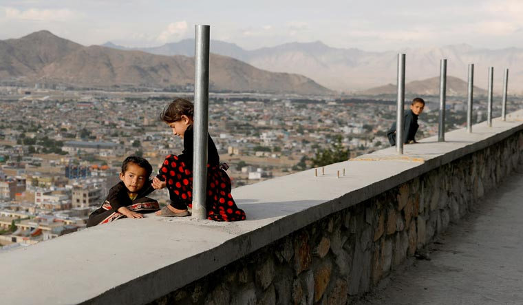 Two-girls-afghanistan-reuters