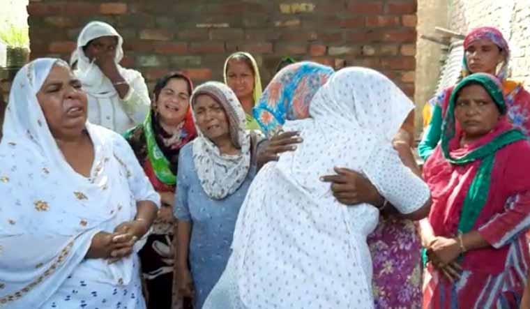 Punjab-hooch-liquor-tragedy-mourning-2-Sourced