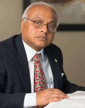 Dr Salim Yusuf