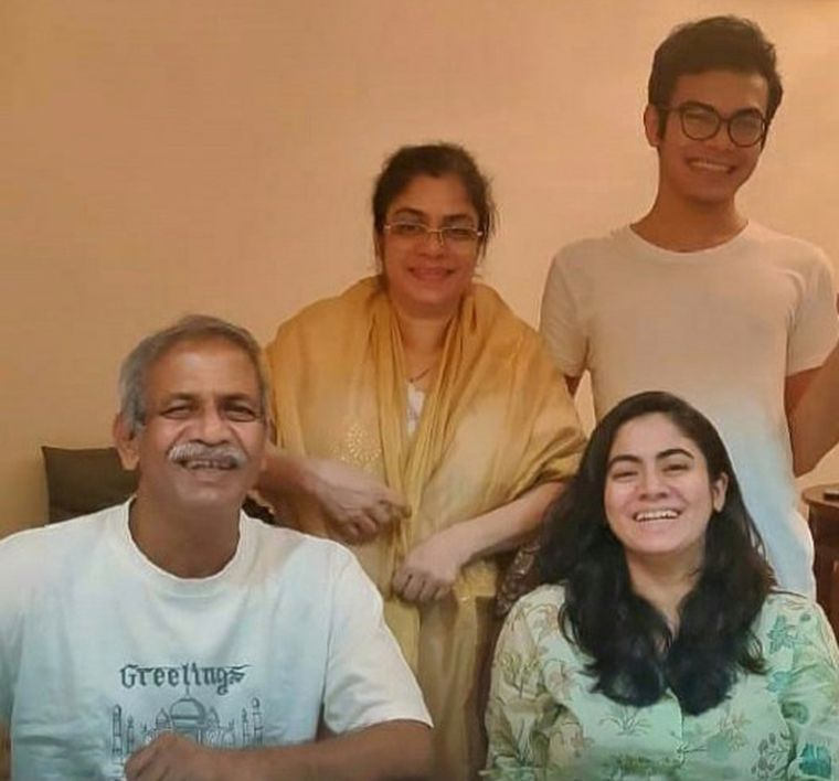 Chaitali Pathare with her parents and brother