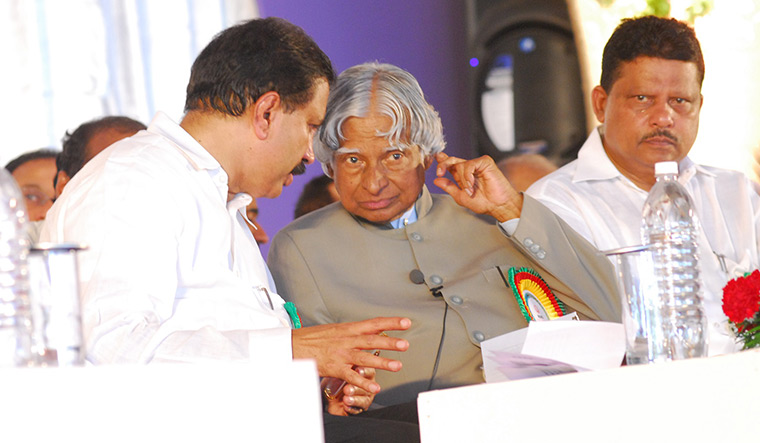 In high circles: Dr Moopen sharing a private moment with former president Dr A.P.J. Abdul Kalam.