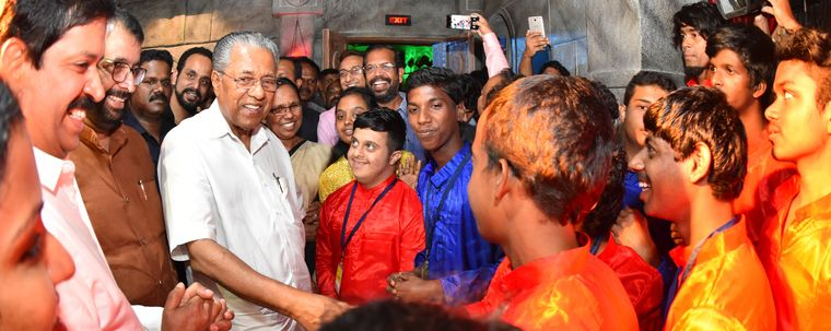 Starstruck: Kerala Chief Minister Pinarayi Vijayan with students at the inauguration of the DAC | Manoj Chemancheri