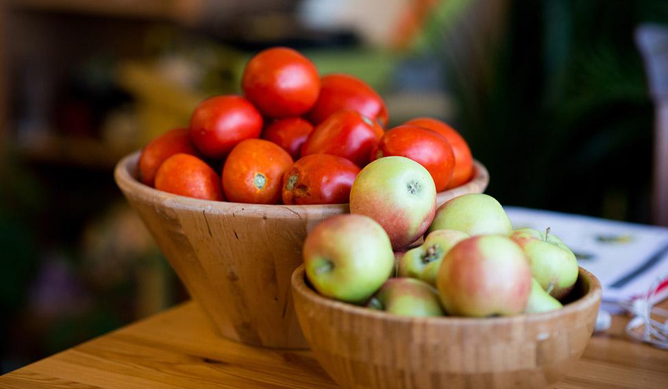 13-apple-tomato-smokers