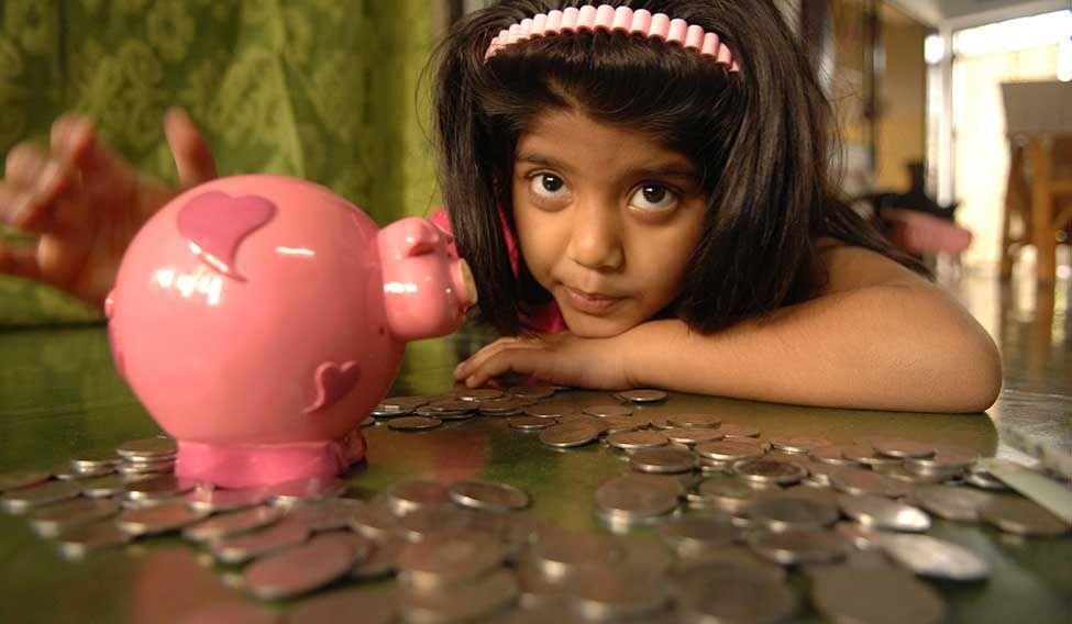 CHILDREN & MONEY
