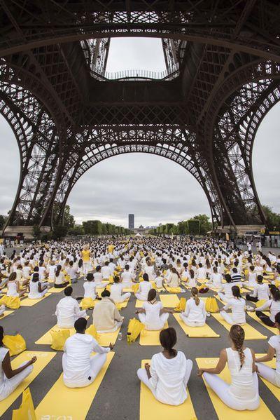 33-Paris