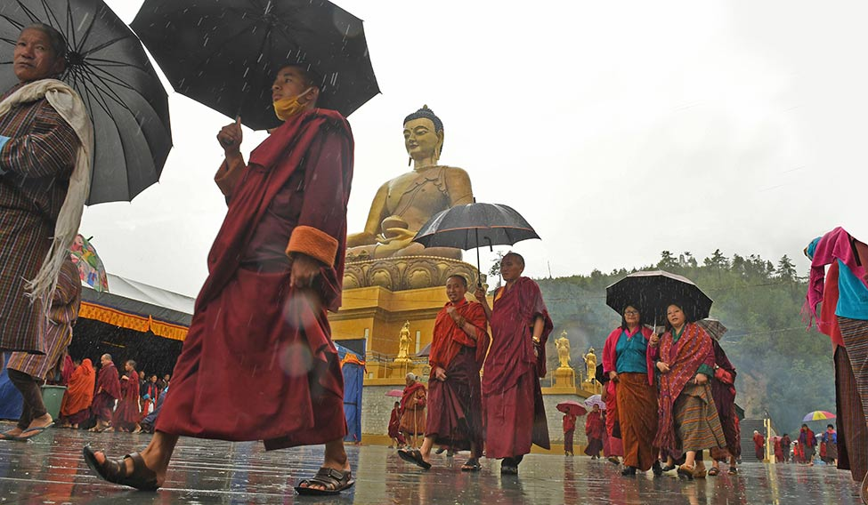 34-Monks