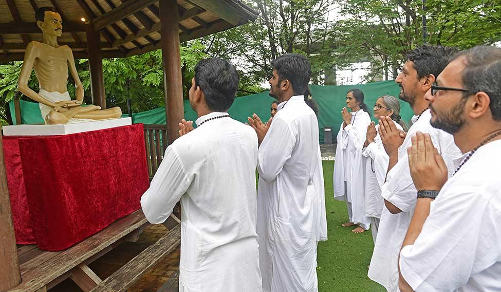 18-Shrimad-Rajchandra-Mission