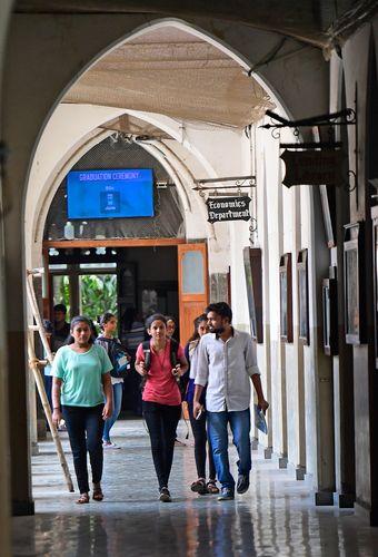 Learning Curve: St Xavier's College, Mumbai | Amey Mansabdar