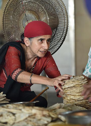 Mejindarpal Kaur | Aayush Goel