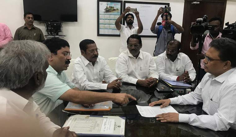 Dayanidhi MP Railways Twitter