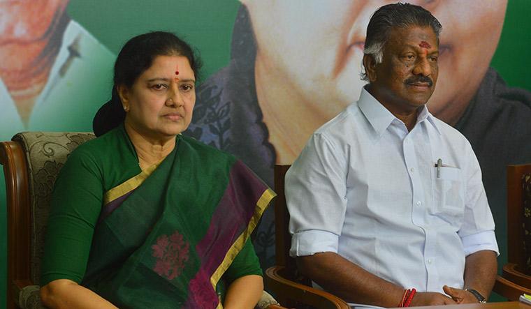 Ugly spat: V.K. Sasikala and O. Panneerselvam have been battling to claim Jayalalithaa's legacy | Vibi Job