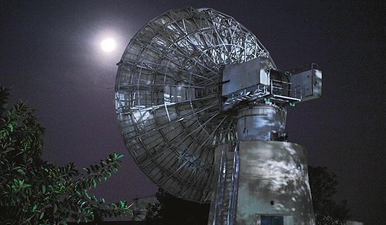 Listening in: An antenna at ISTRAC, Bengaluru | Bhanu Prakash Chandra