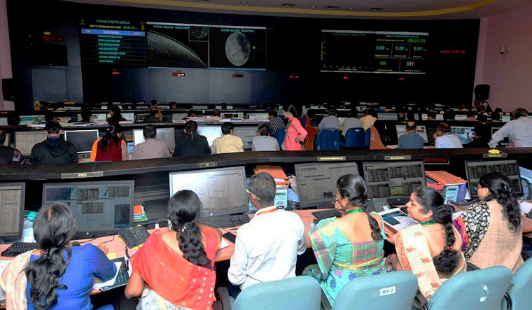 PM Modi brought bad luck to ISRO, says Kumaraswamy on Chandrayaan-2