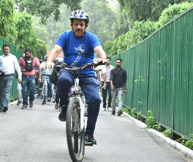 Pedal power: Health Minister Harsh Vardhan cycled 6km to participate in the yoga session of the 72nd World Health Organization's Regional Office for South-East Asia (WHO SEARO) meeting in Delhi | Aayush Goel