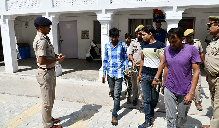The long shackles of the law: People charged with criminal offences at Police Lines, Meerut | Sanjay Ahlawat