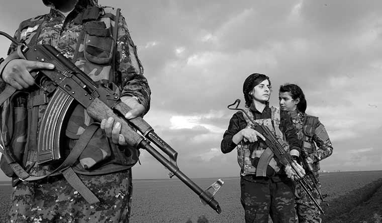 62-Women-fighters