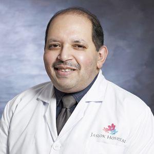 Dr Om Srivastav