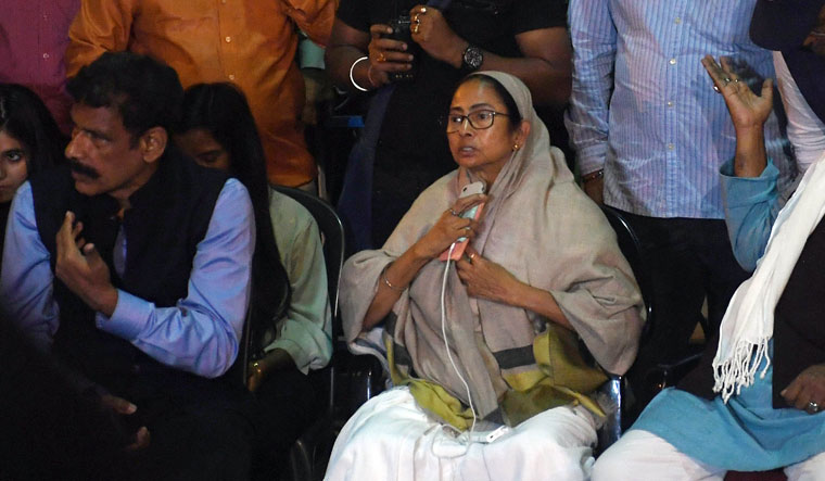 Mamata Banerjee's 'save the Constitution' dharna after the CBI raids on Kolkata Police commissioner's residence in 2019 | Salil Bera