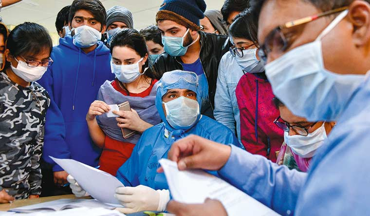 Doctors treating COVID-19 patients in Delhi housed at five-star hotel