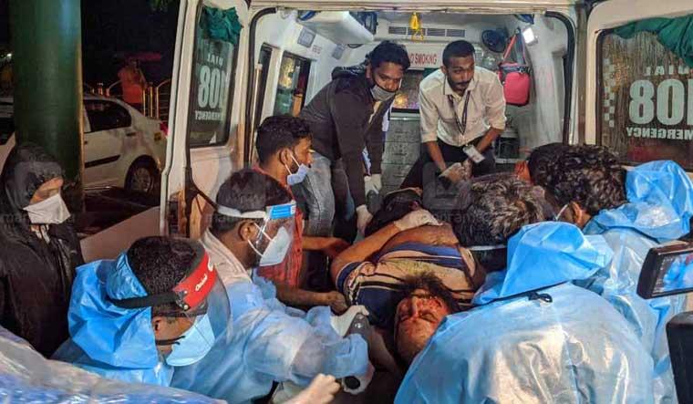 karippur-flight-accident-manorama