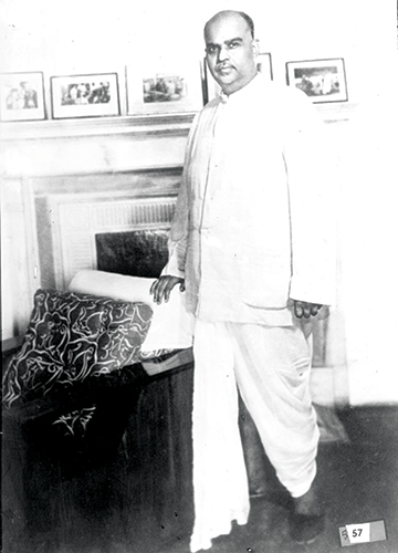 Mookerjee in the drawing room of his New Delhi residence in 1949 | Courtesy Spmrf