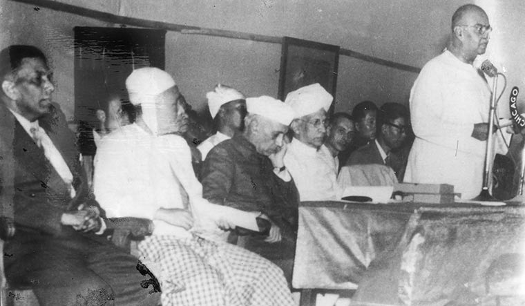 Addressing a ceremony to hand over Buddhist relics in Calcutta-president Dr S. Radhakrishnan, prime minister Jawaharlal Nehru and Burmese prime minister Thakin Nu (left) can also be seen | Courtesy Spmrf