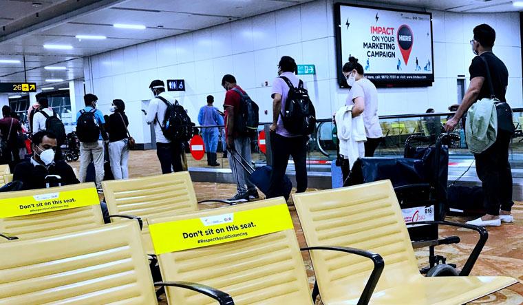 46-delhi-airport