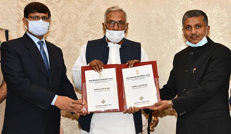 74-Bihar-Governor-Phagu-Chauhan
