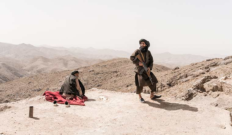 42-A-fighter-of-a-Taliban-faction
