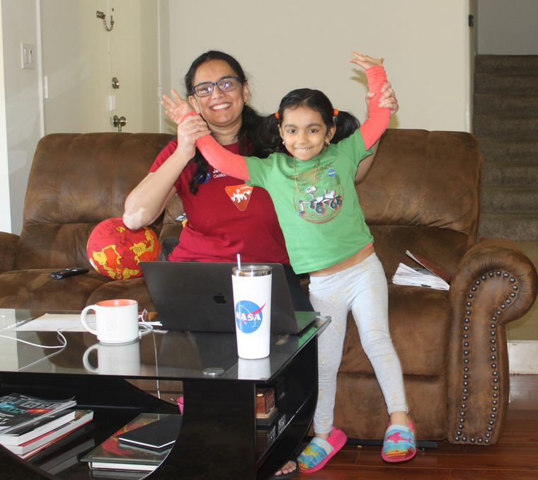 'Martian' mum: Usha Guduri with daughter, moksha.
