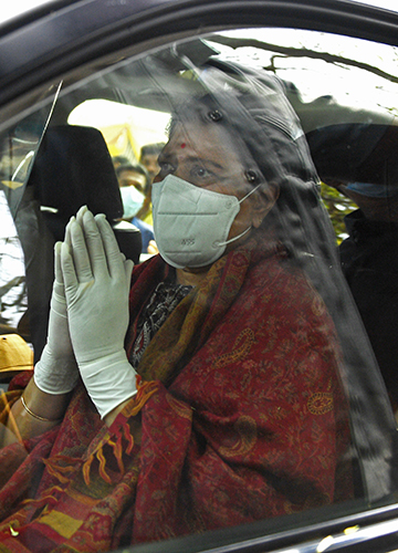 New beginning: Sasikala leaving after she was discharged from a hospital in Bengaluru after testing negative for Covid | Bhanu Prakash Chandra
