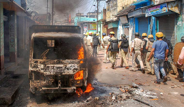 Clash between TMC, BJP workers continues in West Bengal's Birbhum
