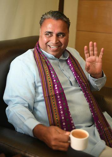 Sunil Deodhar (Andhra Pradesh) | Salil Bera