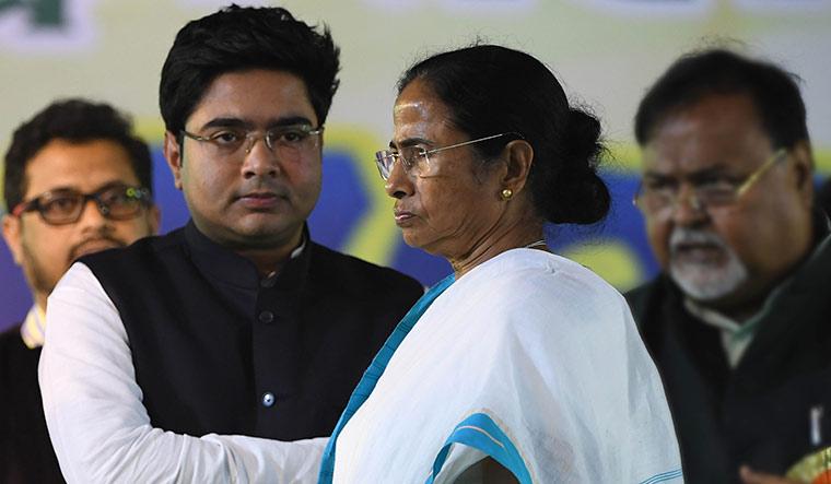 18-Abhishek-Banerjee-and-Mamata
