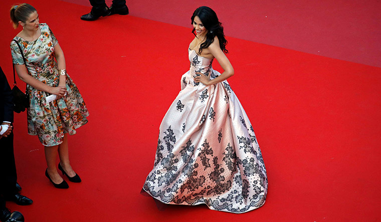 In the limelight: Mallika in another look at Cannes 2018 | Reuters