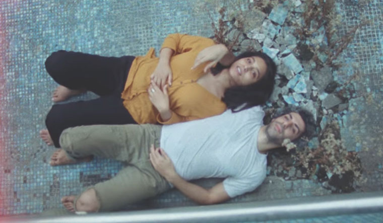Love log: A scene from Kuhad's cold/mess video.