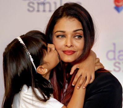 Yummy mummy: Aishwarya with daughter Aaradhya | PTI