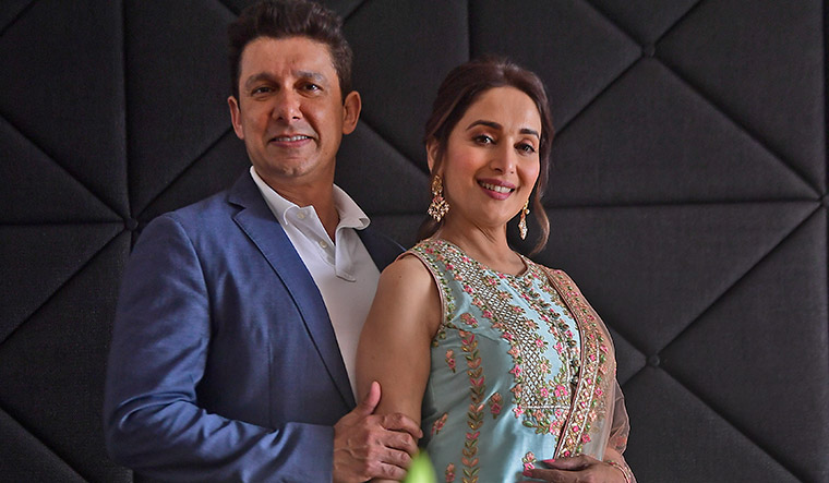 63-Madhuri-Dixit-Nene-and-Shriram-Nene