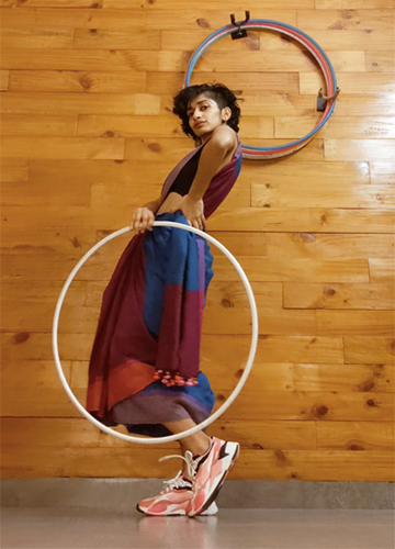 Shoe shine: Eshna Kutty in her viral Genda Phool video.