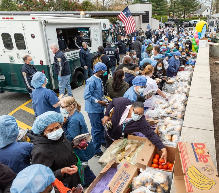 Days of gratitude: Nurses, doctors and staff pick up food brought by NYC Police Benevolent Association | Getty Images