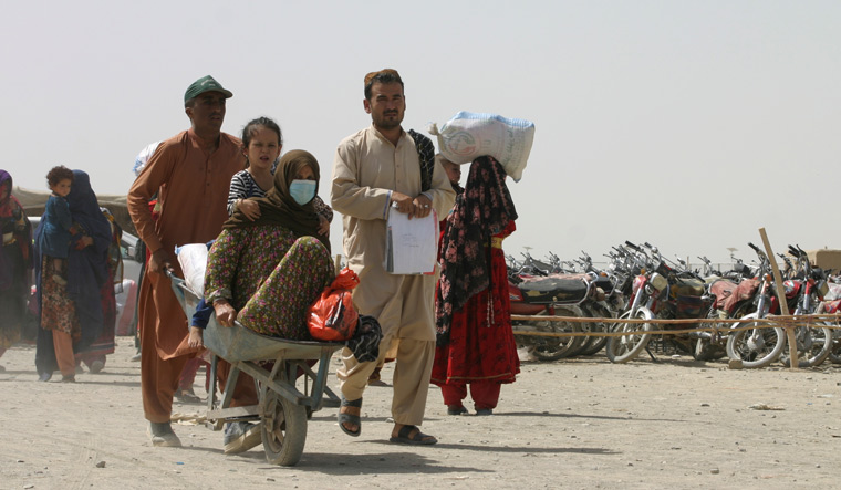 Along with refugee crisis, Afghanistan faces shortage of essentials, health facilities