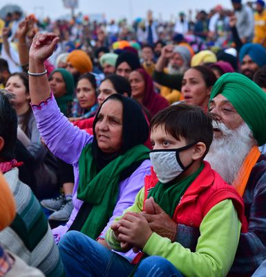 Diversity ensured: Women and students form an important part of the protests at the singhu border | Rahul R. Pattom