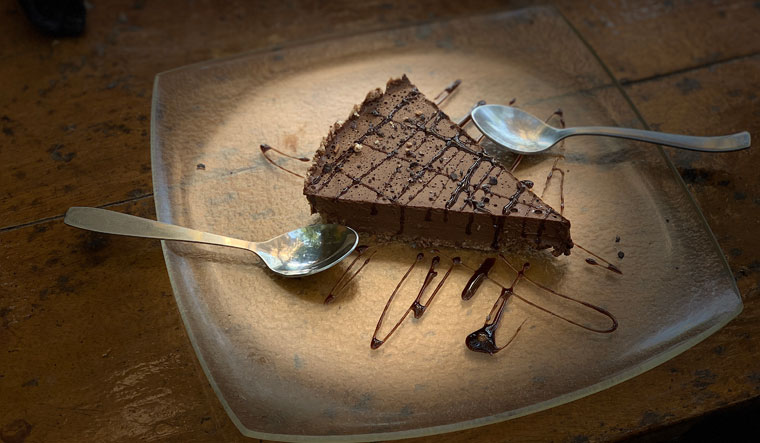 chocolate mousse cake of Bean Me Up