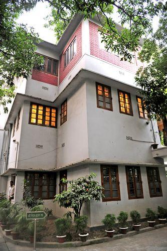 Home turned hell: The house in Dhanmondi, Dhaka, where Sheikh Mujibur Rahman was assassinated   Salil Bera