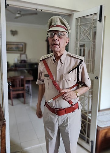 Cop alert: 99-year-old Joe Gonsalves in his uniform, complete with his badge and baton | Oshin Grace Daniell